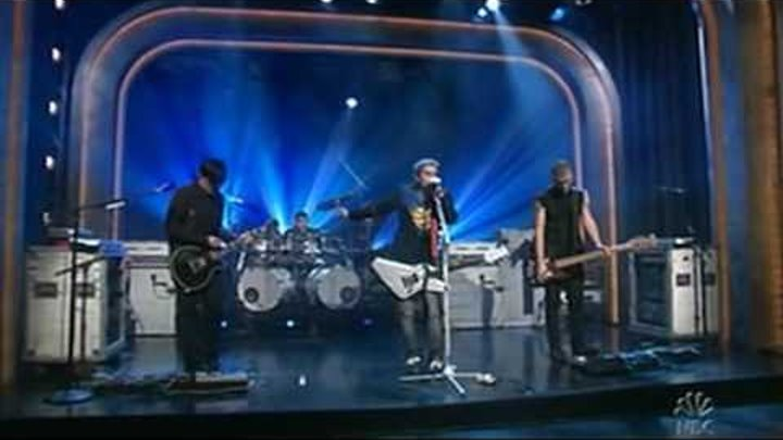 30 Seconds To Mars - Attack - Live at Late Night With Conan O'brien 2005