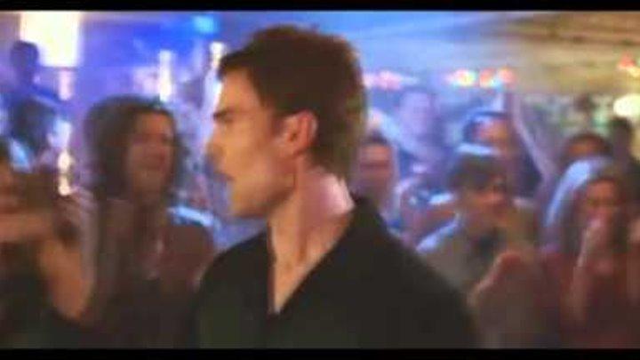 """Момент из фильма """"Американский пирог 3 : Свадьба"""" - Танец Стифлера"""
