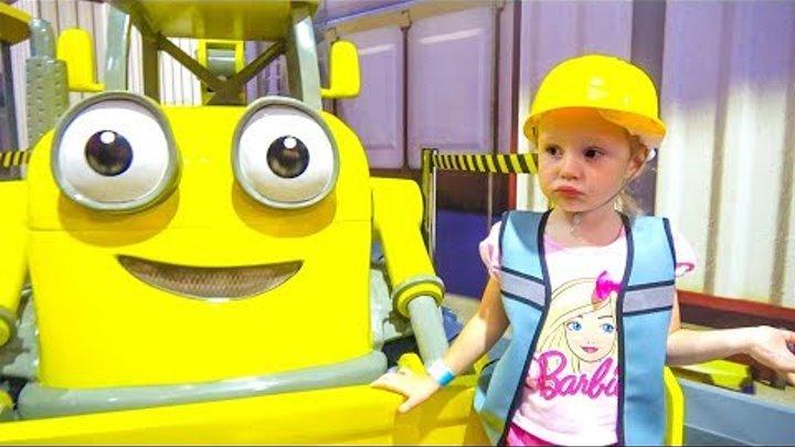 Настя и Скай Щенячий Патруль на детской площадке Паровозик Томас и Боб Строитель Видео для детей