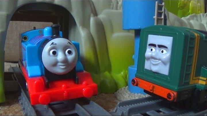 Паровозик Томас и его друзья - Детская железная дорога - Играем в игрушки