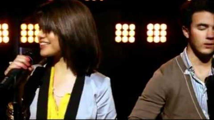 Jonas.Miley.Demi.and.Selena.Send.it.On.2009.XviD.DVDRip.avi
