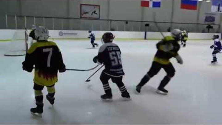 Хоккей 2 день турнира: Алекс Wolf : Прометей (фото-видео обзор)