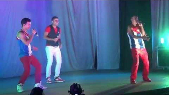 Los Cubanos Bailando на Фестивале 1000 и 1 ночь