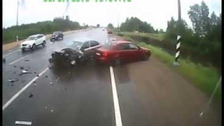 Самые страшные аварии и ДТП 2014 2015 год Car Crash Compilation
