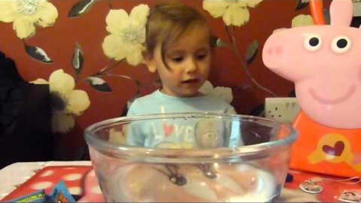 распаковка сюрпризов, MOSHI MONSTERS FIZZ PACK , Surprise Egg Disney Violetta -Unboxing Drink
