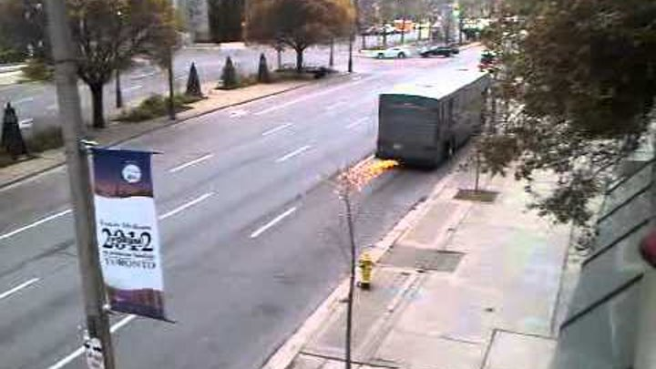 """King and Maxwell"" Bus Crash University Ave Toronto filming"