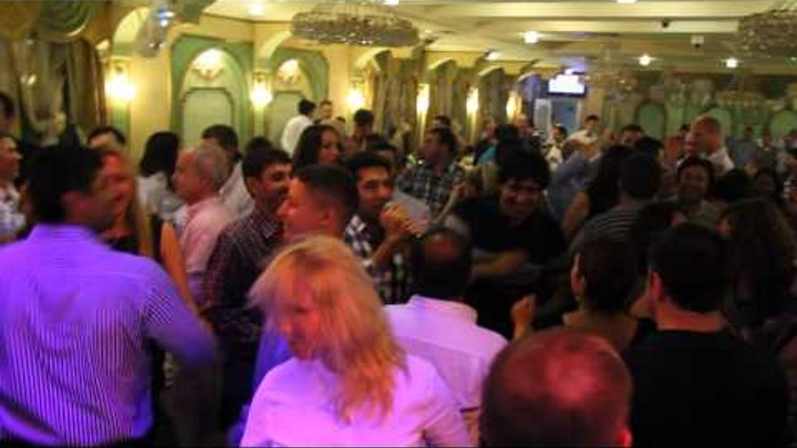 Турецкий певец в ресторане Сказка Востока 1001 ночь