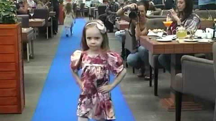 """Показ Полины Голубь. 13 мая 2012 год, ресторан """"Карлсон"""""""