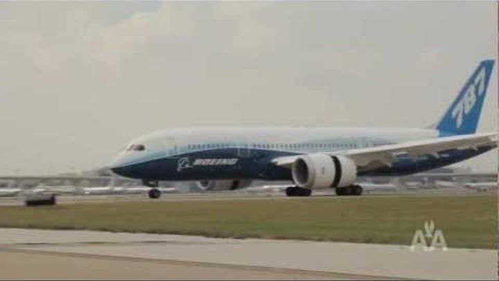 Sneak Peek - Boeing 787 Dreamliner Dream Tour at American Airlines