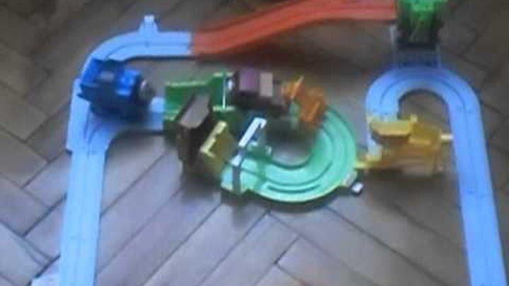 Паровозик томас (Видео для дитей)Thomas the Tank Engine (Video ditey)