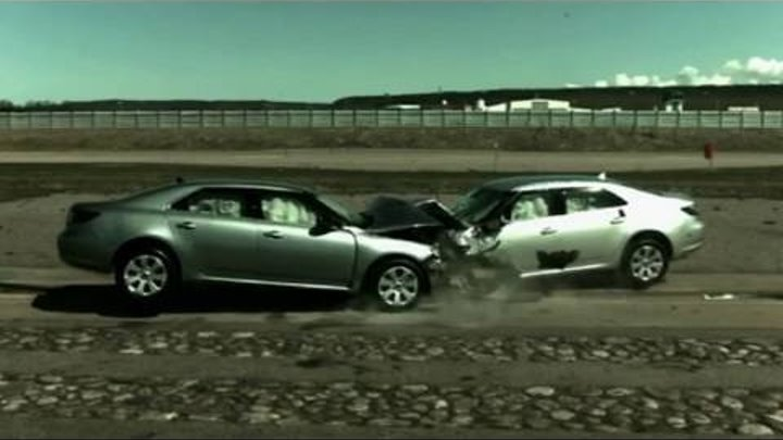 ► 2011 Saab 9-5 - CRASH TEST