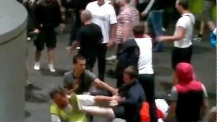 Russian fans FIGHT. Russian Hooligans attack steward after match RUSSIA - CZECH EURO 2012