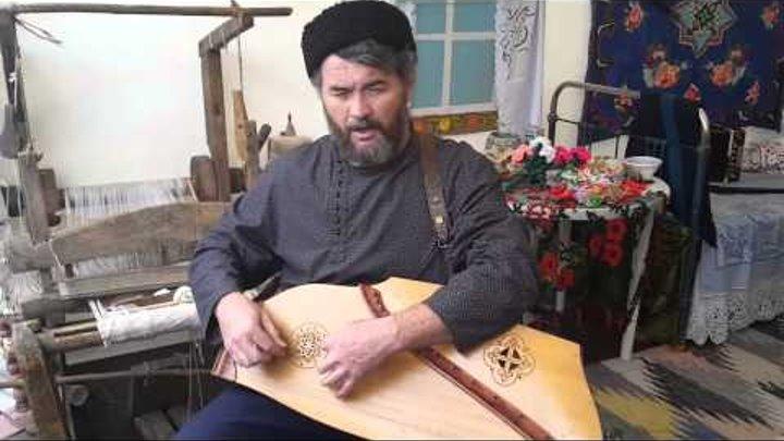 Старинные музыкальные инструменты: гусли