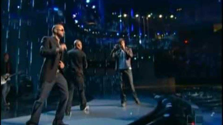 [HQ] Enrique Iglesias feat. Wisin y Yandel - Lloro Por Ti LIVE Premios Lo Nuestro 2009.flv