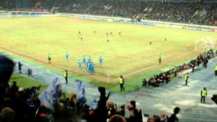 Зенит - Бенфика Счет стал 3-2 (3-й гол Зенита)