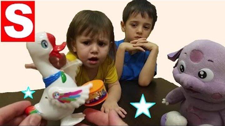 Лунтик играется с RoboFish - Робот рыбкой и Гусенком Барабанщиком. Игрушки для детей с Мисс Саей