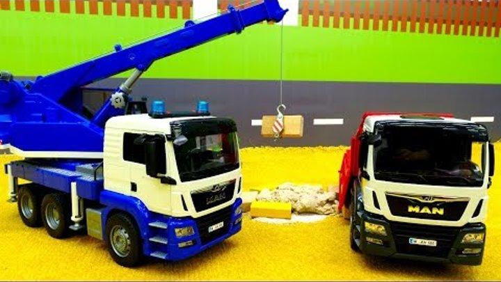 Большие машинки - Игрушки Bruder - Строим песочницу