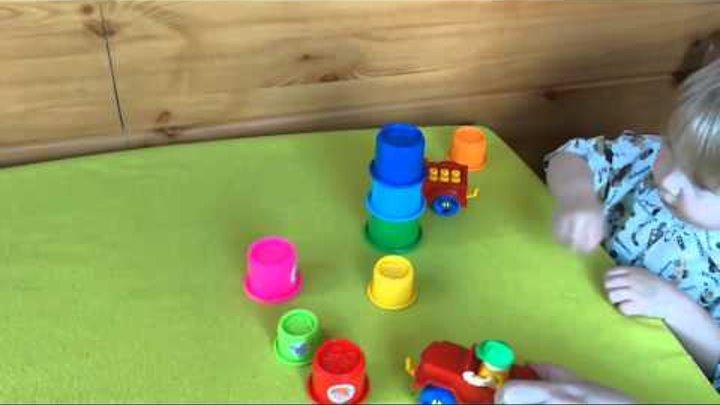 Мультики для детей от 2 лет развивающие. Конструктор Собираем Пирамидку.