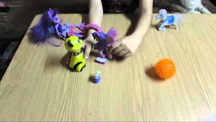 Пони Искорка или как играют Дети