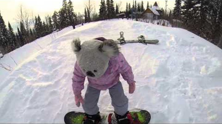 Snowboard дочка Варюша, гора Югус 20 ноября 2014