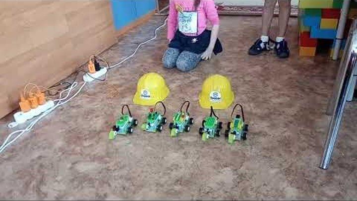 Детский центр робототехники Умник - гонки черепашек v.2