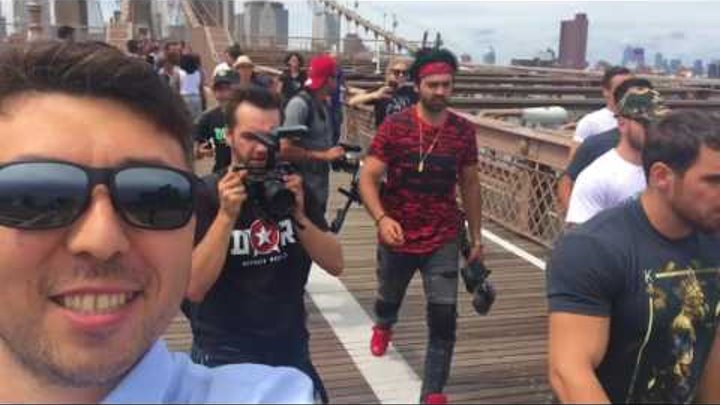 ЗА КАДРОМ ПРАНК2 ДВОЙНИК КОНОРА В НЬЮ ЙОРКЕ! Fake CONOR MCGREGOR DOPPELGÄNGER IN NEW YORK. backstage