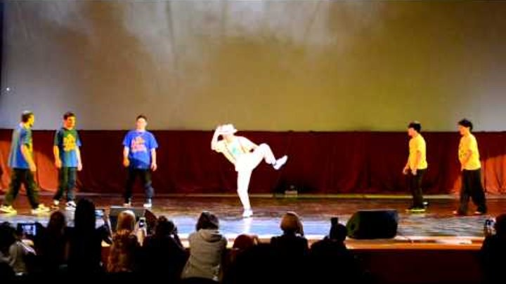 J-Fest 2012. Батл между русскими и японскими танцорами