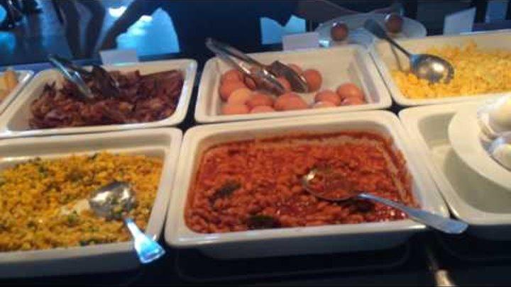Отель DESSOLE в Муйне завтрак в ресторане