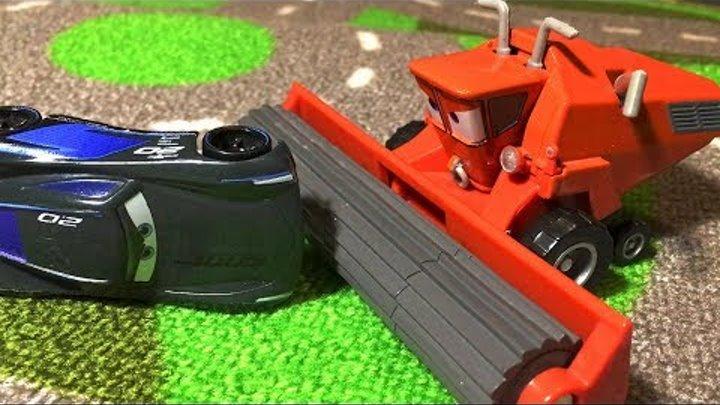 Тачки 3 Молния Маквин Джексон Шторм Мультики про Машинки Cars 3 Lightning McQueen