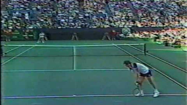 Lendl - McEnroe - Us Open 1984 Final. Set 2 pt 4