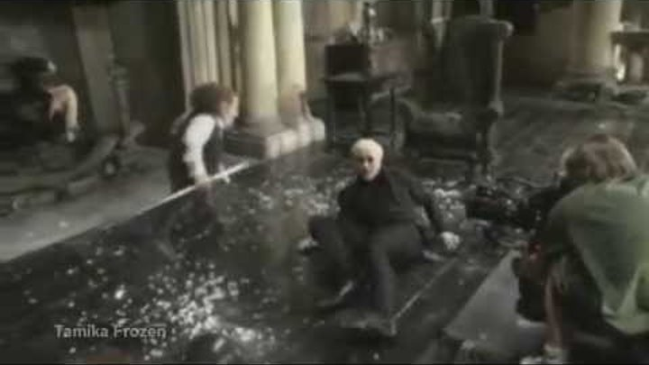 Гарри Поттер(за кадром)