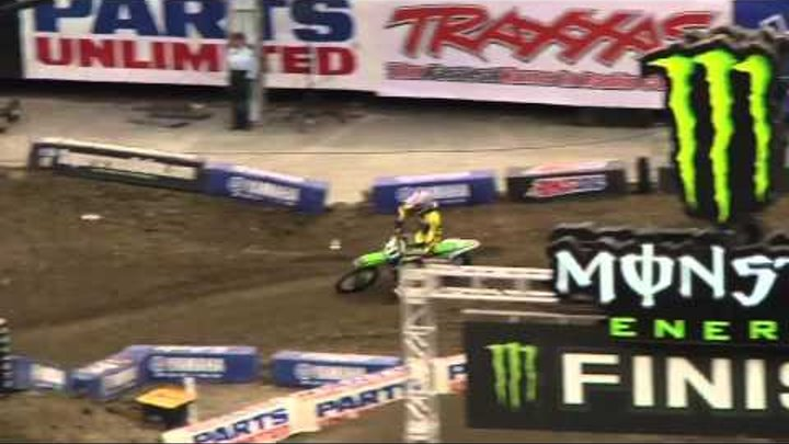 Supercross LIVE! 2012 - 2 Minutes on the Track - Supercross Second Practice in New Orleans