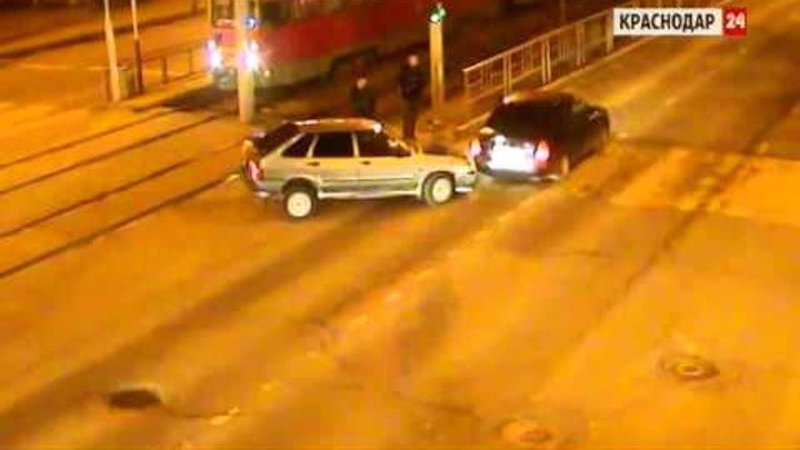 Камеры ЕДДС зафиксировали ДТП на Ставропольской в Краснодаре