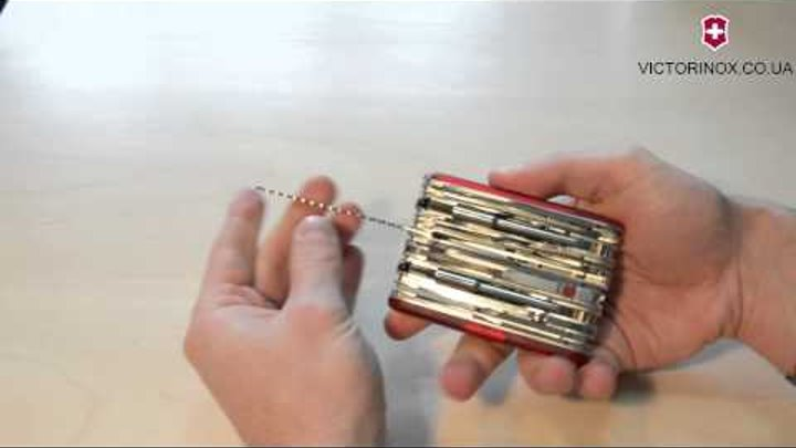 Швейцарский складной нож Victorinox Swisschamp 1.6795.XAVT - обзор ножей Викторинокс