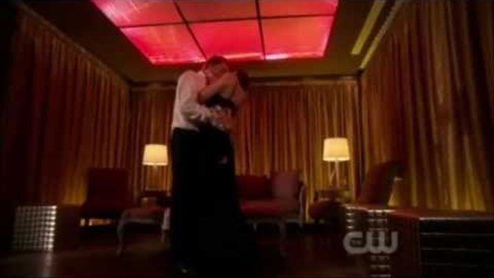 Gossip Girl 4x22- Chuck and Blair dancing and kiss scenes - Season finale - The wrong goodbye