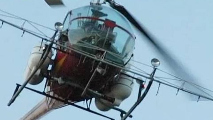 CRAZY SKILLS Helicopter Pilot Takes me for a ride!
