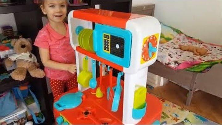 Распаковка игрушек. Обзор на детскую кухню ELC. 37 деталей для игры в повара.Отличная игра для детей