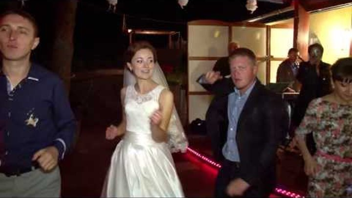 """Гурт """"Відлуння""""(м.Городок) - Букет из белых роз(14.09.2013)"""