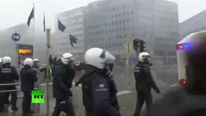 В Брюсселе протестуют против Глобального договора о миграции — LIVE_16-12-18