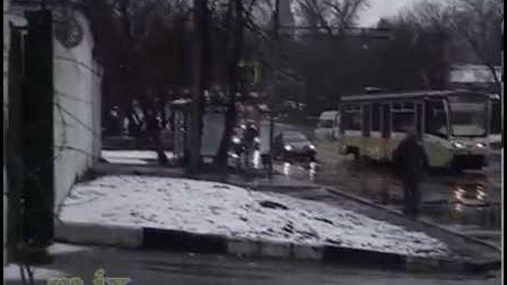 Железнодорожный переезд на Преображенском валу 03 апреля 2015