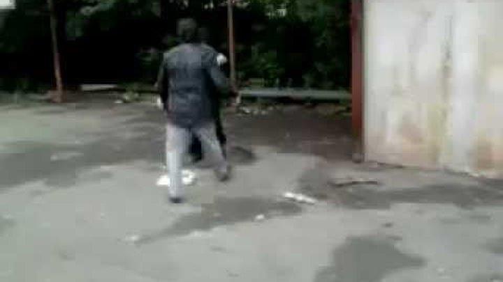 С Одного Удара [Сезон 1 \ серия 6 из 7] Тяжелый Мужик