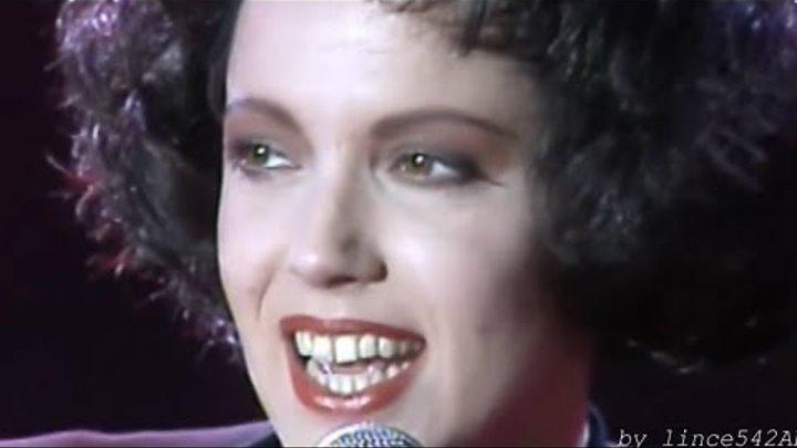 """Antonella Ruggiero - Matia Bazar """"Ti Sento"""" @ Verona 02/12/1985"""