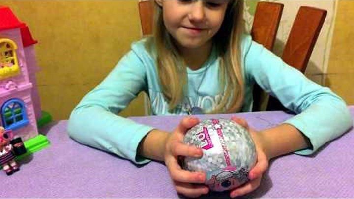 LOL Bling. New video! LOL surprise. Открываем ЛОЛ шарик на елку! Самая красивая кукла ЛОЛ