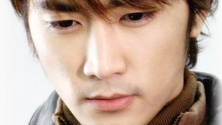 Актер и модель Сон Сын Хон.