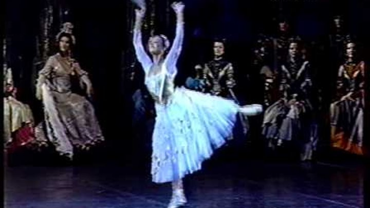 Neopolitan dance from Swan lake - Anastasia Yachenko