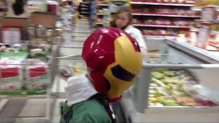 Железный человек 3 в магазине