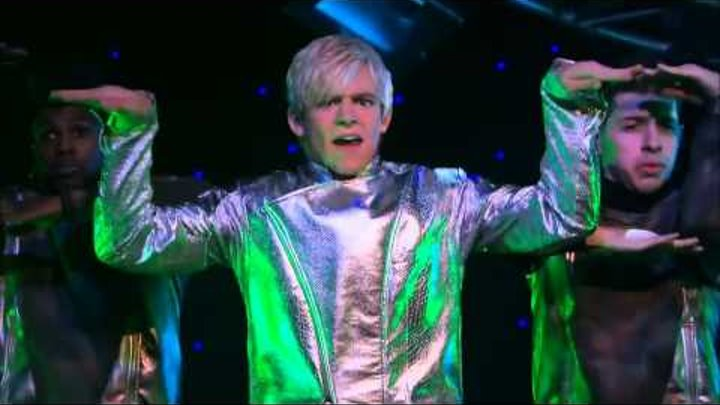 Ross Lynch (Austin Moon) - LOOK OUT - Official Music Video Feat. Laura Marano (Ally Dawson)