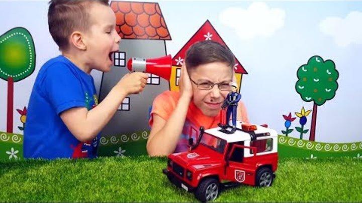 BRUDER Пожарный Jeep c фигуркой Обзор игрушечной машинки с Юрой. Bruder toys 02596