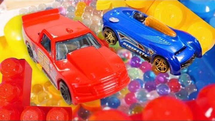 Cars, toys & games for kids. Hot Wheels 🚗in a maze with Orbeez. Toy cars & videos for kids #TToyZZ