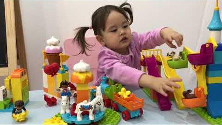 LEGO duplo большой парк аттракционов. Наш обзор